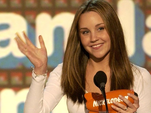 How Amanda Bynes went from comedy sensation to a troubled, retired child actress and newly engaged college grad