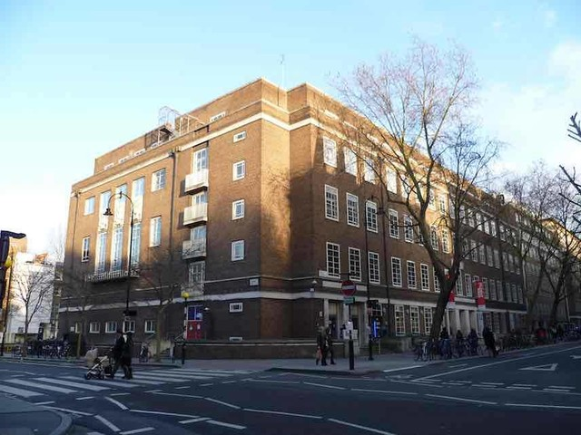 University of London Makes Comedians Sign a 'Safe Space' Agreement