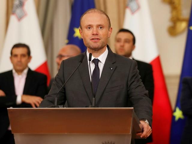 Pressure mounts on Malta's PM to resign