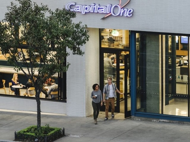 Capital One VentureOne Rewards Credit Card Review
