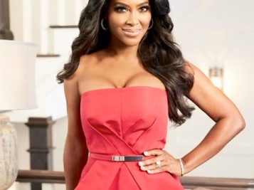 Kenya Moore Wasn't Invited & Porsha Left 'RHOA' Trip To Spain…Allegedly + Did Kenya Quit Already? + Eva Marcille On Joining Season 10