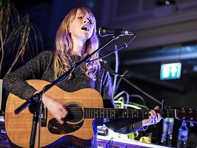 Lucy Rose at number one on UK Record Store Chart with No Words Left