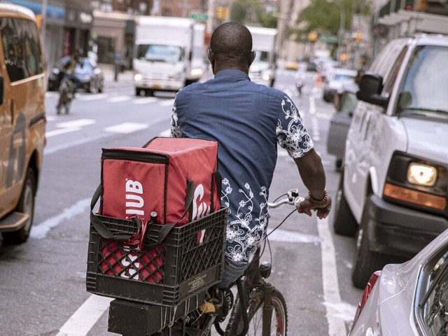 New York passes sweeping bills to improve conditions for delivery workers