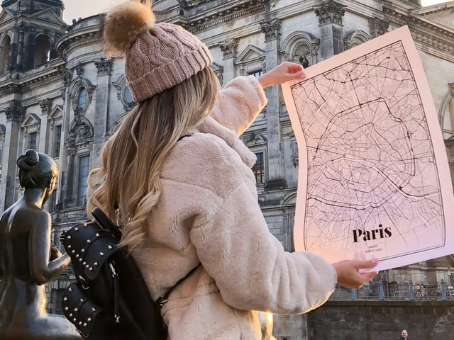 This cool website lets you design custom map posters and T-shirts of anywhere in the world — and the results are undeniably cool