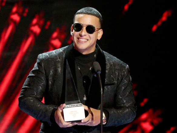 How to Watch Latin AMAs Red Carpet 2019 Online