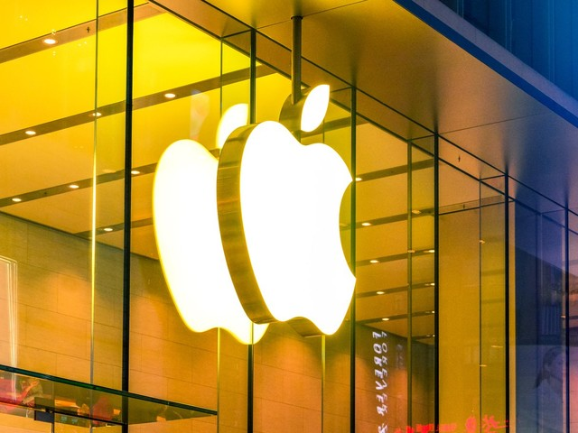 Why Apple Stock May Be a Bubble That's Ready to Burst