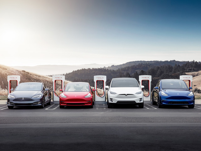 Tesla Supercharger Network to Open to Other Makes, Could Generate $25B per Year