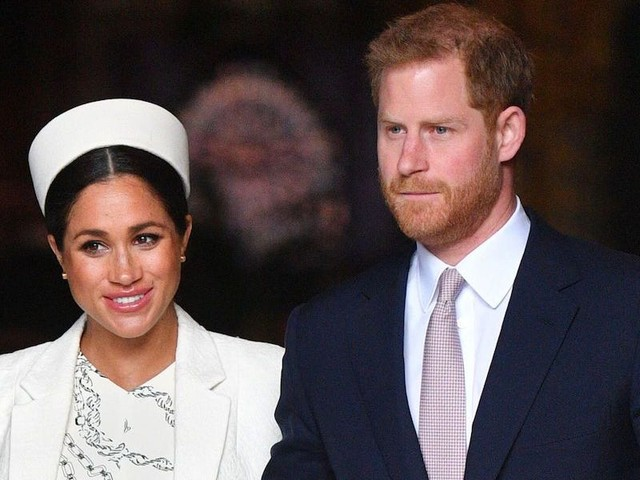 Harry and Meghan will completely step back from royal duties and stop using their titles starting in Spring 2020