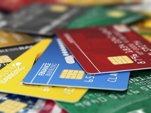 How Many Credit Cards Should You Have, Exactly?