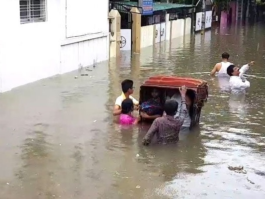 Bihar Flooded After Heavy Rain, 73 Dead In 4 Days In UP: 10 Points