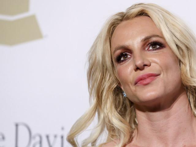 Britney Spears visits hair salon amid treatment at mental health facility