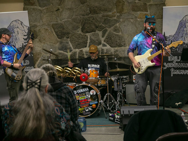 Idyllwild songwriters retreat and festival a success
