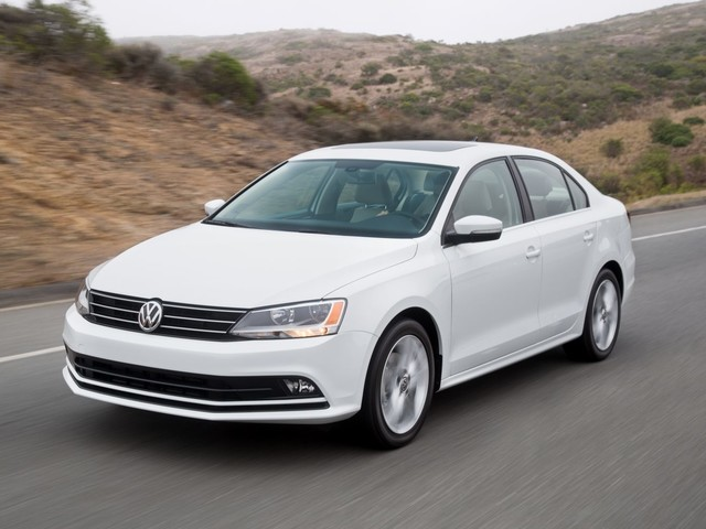 VW Recalls 679,000 U.S. Vehicles Over Rollaway Risk