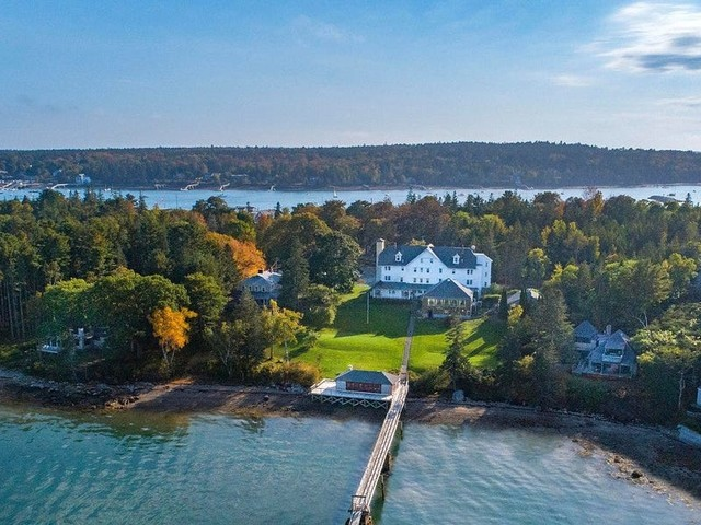 15 picturesque hotels in Maine that place you at the doorstep of incredible nature