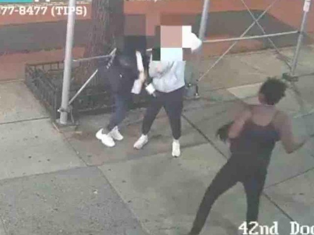 VIDEO: Asian women attacked from behind by hammer-wielding suspect on NYC sidewalk