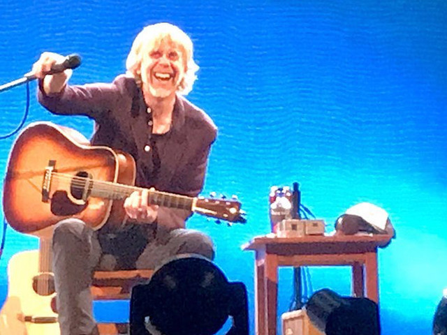 Trey Anastasio Debuts Acoustic 'Sanity' & More In Milwaukee