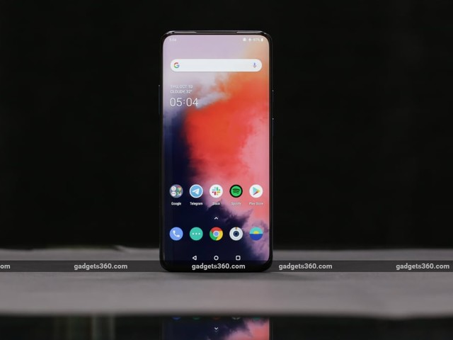 OnePlus 7T Pro, OnePlus 7T Getting OxygenOS 10.0.4 With Selfie Camera Tweaks