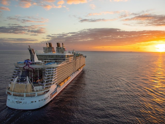 Video: 8 must-do Royal Caribbean can't-miss activities!