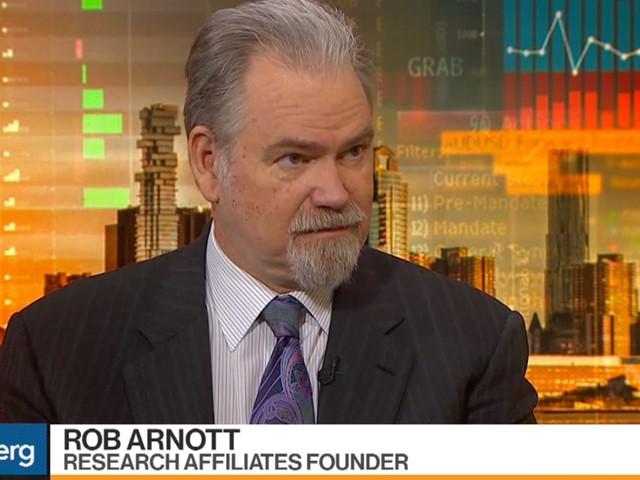 'It reminds me a lot of the peak in 2000': Legendary investor Rob Arnott compares today's market to the tech bubble — and explains why value stocks are the 'place to be'