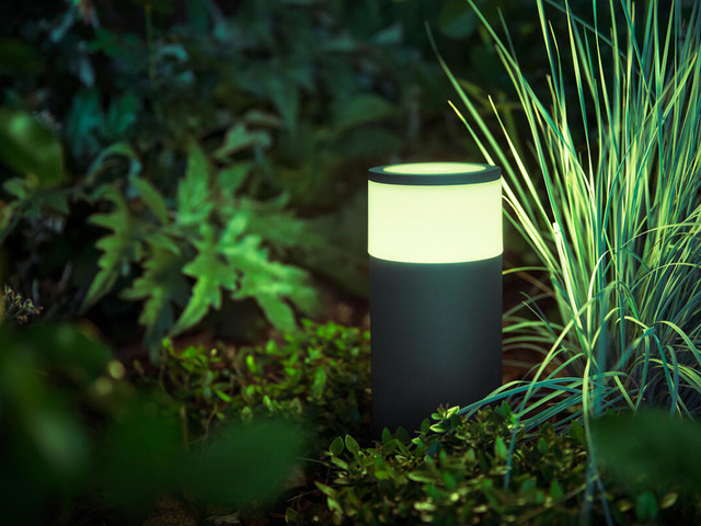 Philips Hue Calla outdoor pathway light review: A sophisticated outdoor lighting system