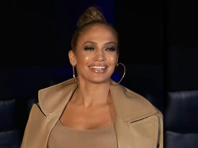 Jennifer Lopez Reveals Who's Going to Walk Her Down the Aisle During Wedding to Alex Rodriguez (Exclusive)