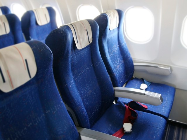 Airlines tell parents to pay up or risk sitting rows away from their kids. That's wrong.