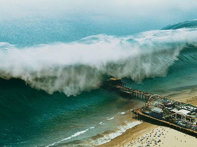 '9-1-1' Season 3 Trailer: Water, Water Everywhere As Tsunami Consumes Santa Monica
