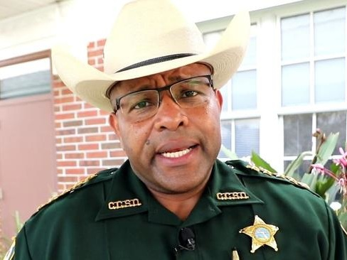 Florida Sheriff To Deputize Gun Owners If Cops Can't Handle Protesters