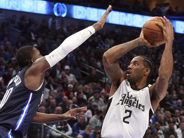 Kawhi Leonard helps Clippers end Mavericks' streak