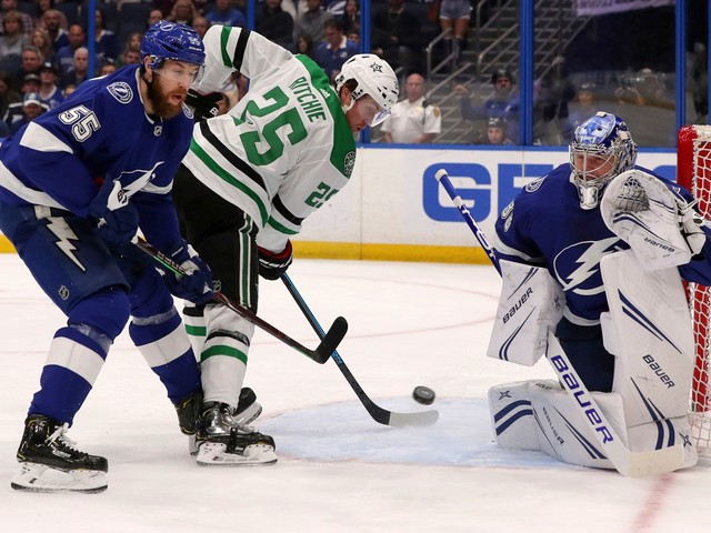 Stamkos, Kucherov lead Lightning to 6-0 win over Stars
