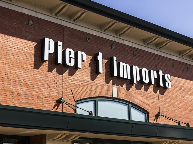 Should You Buy Pier 1 When Bankruptcy Is on the Horizon?