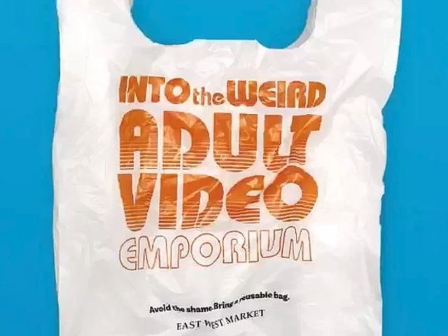 Grocery Store Puts Embarrassing Logos on Plastic Bags to Discourage Customers from Using Them