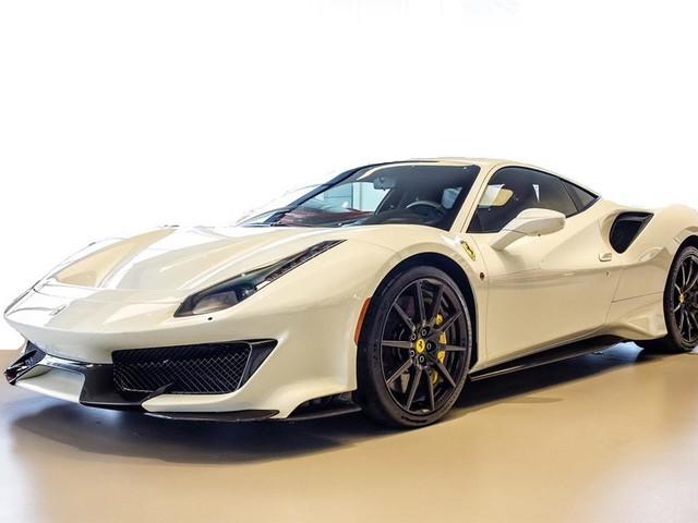 """2019 Ferrari 488--Pista """"PRICED IN CANADIAN DOLLARS"""""""
