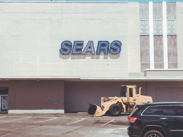 Sears officially announces Eddie Lampert as the winner of its bankruptcy auction and says 45,000 jobs will be saved (SHLD)
