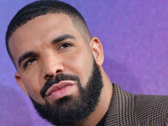 Drake Donates $100,000 to National Bail Out Collective