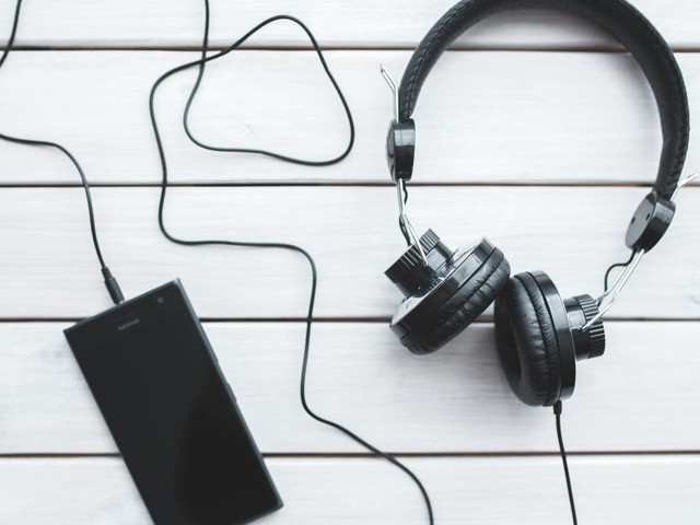 Get lifetime access to thousands of royalty-free songs for under £30