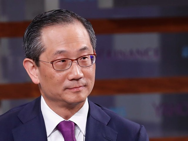 Kewsong Lee just took full control of Carlyle. 20 insiders reveal how he's already put his mark on the $221 billion private-equity giant — and what it means for the future of the firm.