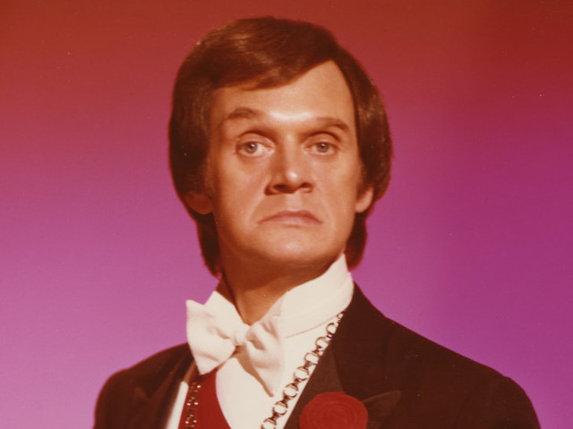 Johnny Thompson, a Magician's Magician, Is Dead at 84