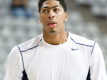 Anthony Davis Officially Traded To The Lakers & Lonzo Ball's Dad Is PISSED About The Trade - 'They Will Never Win Another Championship'