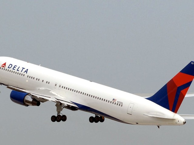 Pandemic travel winners and sinners: Customers praise Delta Air Lines, Viking, Holland America