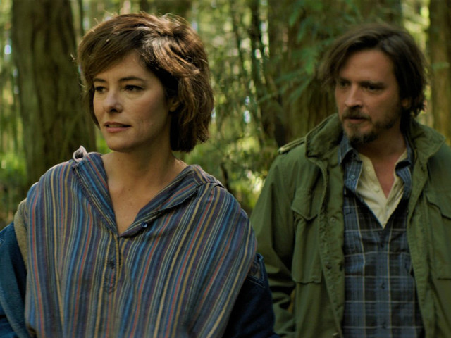 'Elsewhere' First Clip: Parker Posey, Aden Young, Ken Jeong Star In Comedy – AFM