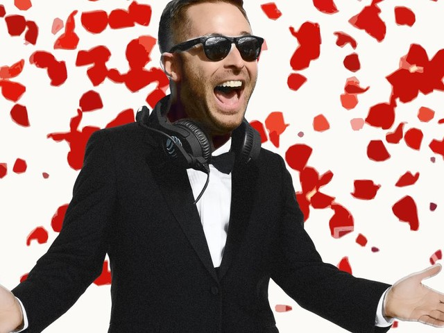 Kliff Kingsbury Is 'The Bachelor,' Offensive Coordinator Edition