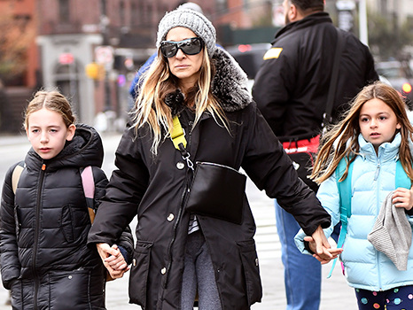 Sarah Jessica Parker Holds Hands With Adorable Twin Daughters, 10, On Breakfast Date