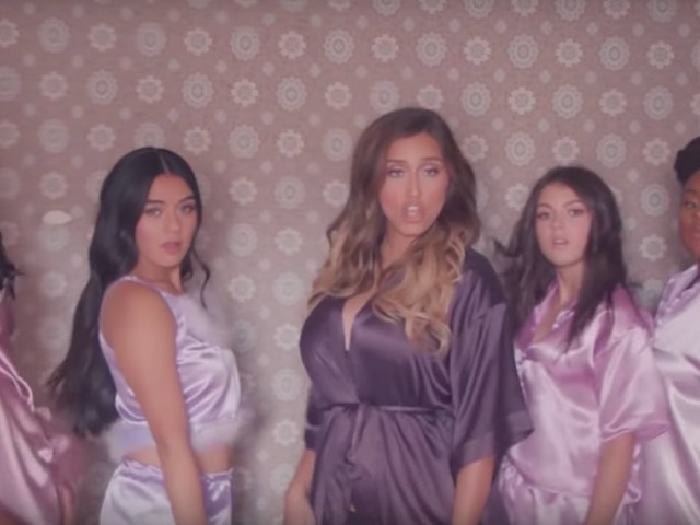 Kick Off Your Shoes and Watch This A Capella Group Sing Lizzo Like Nobody's Business