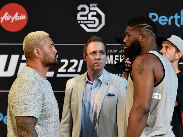 UFC 221: Mark Hunt vs. Curtis Blaydes Toe-to-Toe Preview