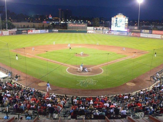 Minor leaguers could be paid minimum wage — and no more