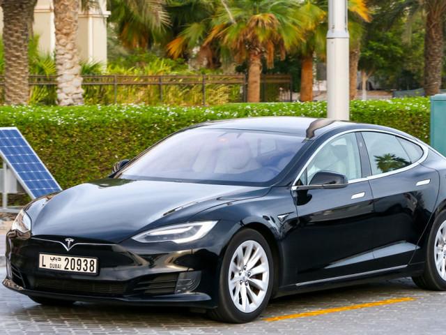 Tesla expands employee testing of its upgraded Autopilot hardware