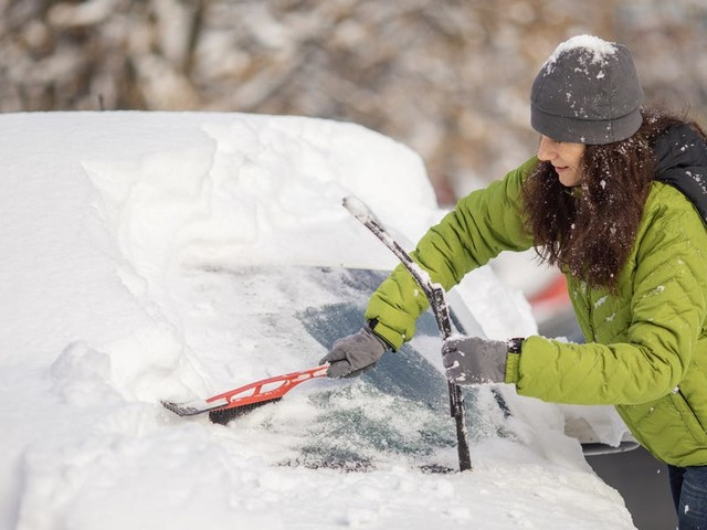 8 tips to prepare your car for winter, according to auto experts