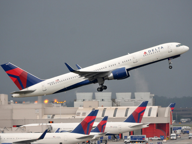 Your guide to Delta Air Lines lifetime elite status