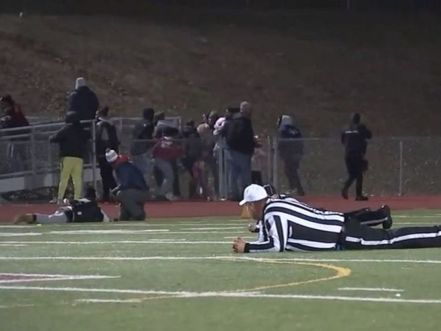 2 injured in shooting at New Jersey high school football game